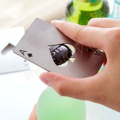 Décapsuleur As de Pique au Format Carte de Crédit