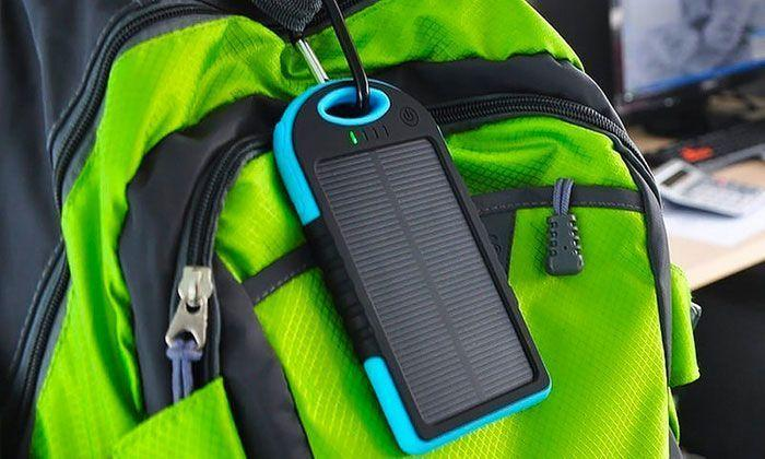 Chargeur Solaire Portable Power Bank Avec 2 Port USB et un Micro USB pour iPhone Samsung Sony LG GROUPON
