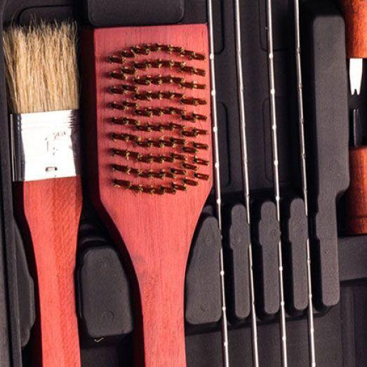 Mallette Comprenant 18 Ustensiles Spécial Barbecue BBQ Master Tools Groupon Lot pour Loto