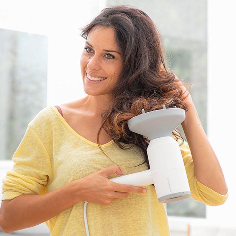 sèche-cheveux-ionique-pliable-accessoires